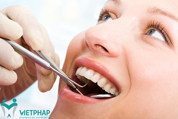 Làm răng sứ Cercon giá bao nhiêu?