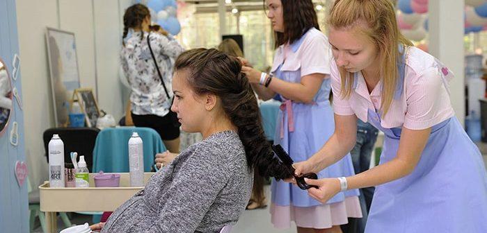 Cách chăm sóc và dưỡng tóc an toàn cho phụ nữ mang thai