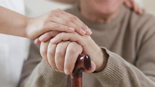 Loại thuốc đầu tiên điều trị hoang tưởng ảo giác ở bệnh nhân Parkinson 1