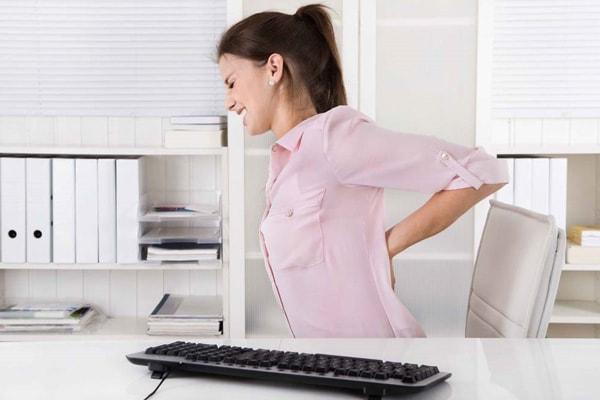 Ít tham gia tập thể dục và vận động dẫn đến đau lưng và cơ thể yếu