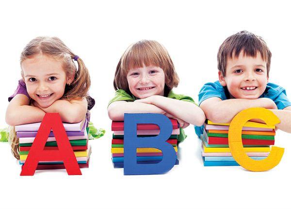Cho trẻ học tiếng Anh kết hợp với các trò chơi