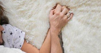 Phụ nữ mang thai 3 tháng đầu có quan hệ được không?