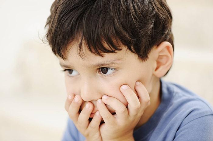 """Trẻ lên 3 liên tục đặt câu hỏi """"vì sao"""""""
