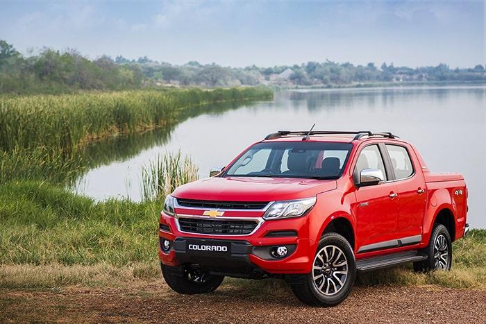 Chevrolet Colorado LT 2.5 MT 4x2 - top xe bán tải giá rẻ được ưa chuộng nhất