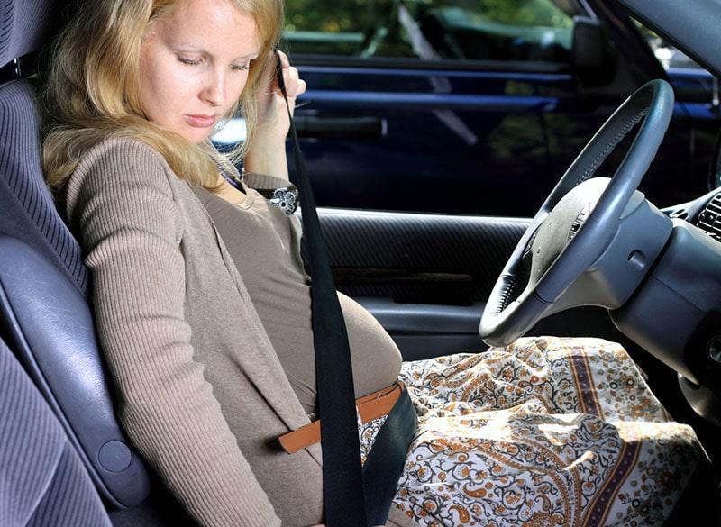 Phụ nữ mang thai có thể lái xe trong giai đoạn nào?