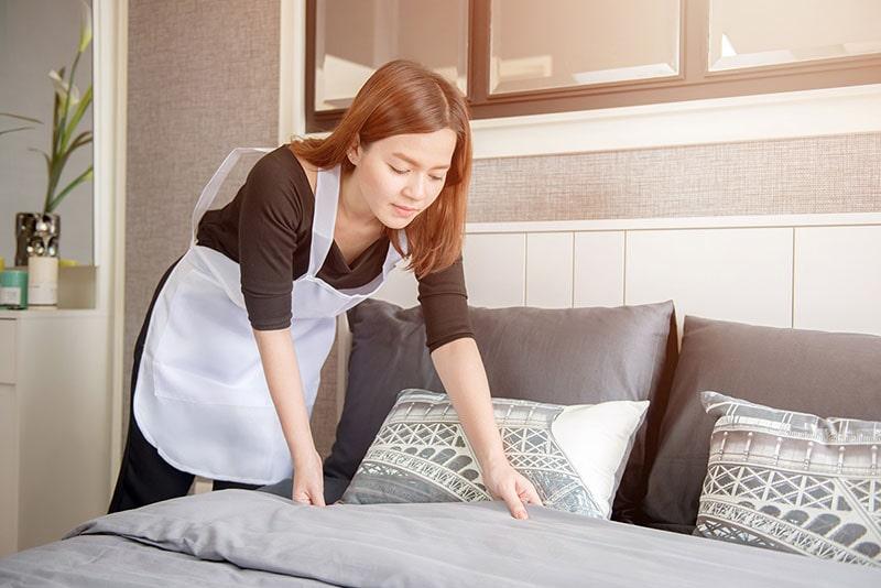 Thuê tạp vụ theo giờ giúp tiết kiệm thời gian dọn dẹp cho gia đình